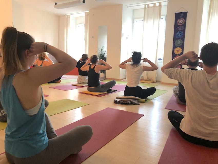 Parvata Yoga -
